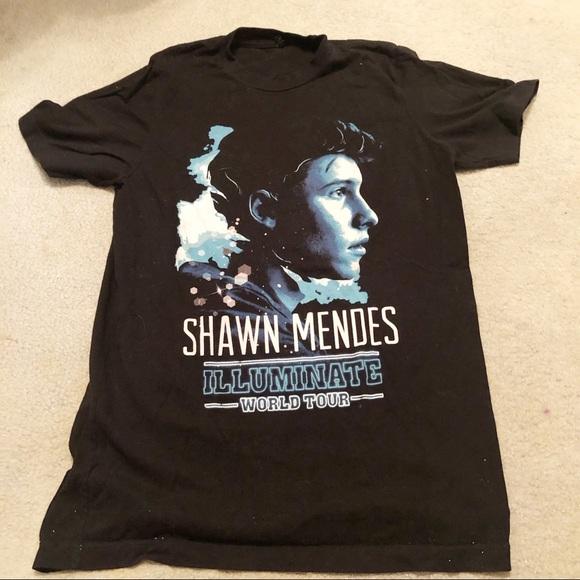 4bceccff6 Shawn Mendes tour t shirt. M_5c618e0003087c9ad548f849